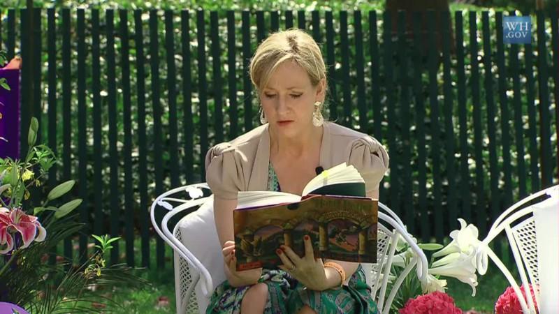Forbes Woman рассказал о самых богатых писательницах мира