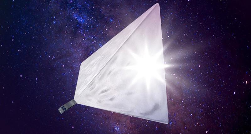 Летом наорбиту запустят спутник «Маяк» ссолнечным отражателем