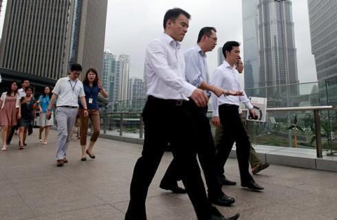Пешие деловые встречи спасают от болей и ожирения