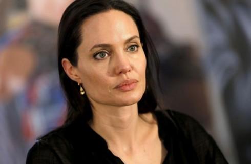 Анджелина Джоли: жизнь после развода