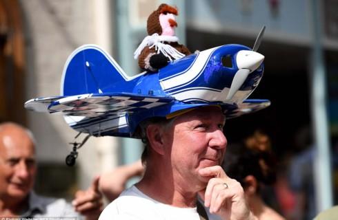 Тысячи шляпников показали по-настоящему безумный креатив