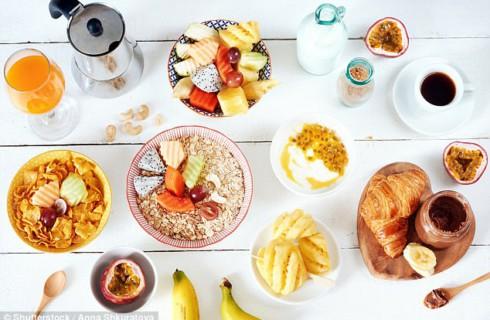 Красивый стол остановит бессмысленное питание