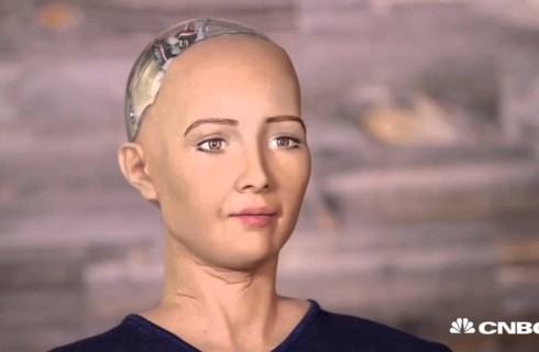 Робот получил гражданство