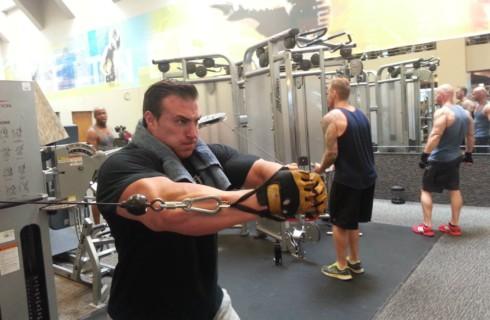 Чем больше белка, тем больше мышцы – развенчиваем популярный миф