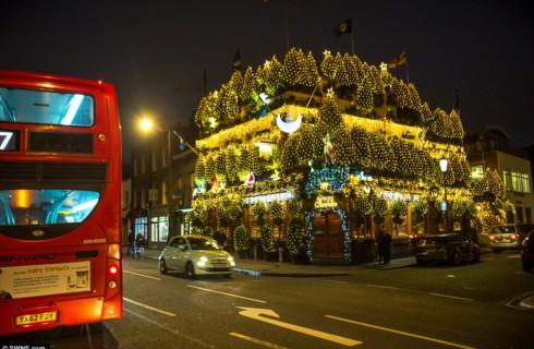 Выявлен самый рождественский паб Великобритании