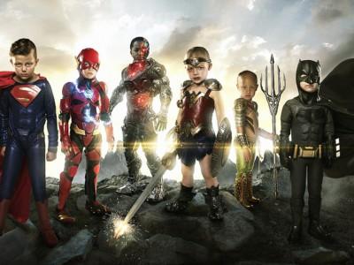 Дети в образе героев Лиги справедливости