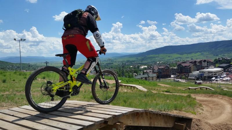 Ученые рассказали, как влияет езда на велосипеде на мужчин