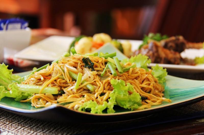 7 привычек питания, которые избавят от бессонницы