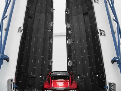 Личная Tesla Илона Маска перед запуском