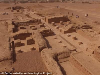 Храм, где нашли статуи
