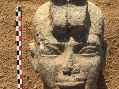Голова статуи Аспельта