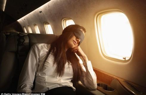 Как правильно собраться в полет: советы стюардессы