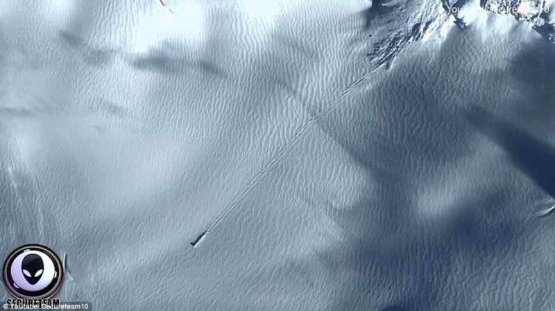 Заметные следы инопланетян нашли в Антарктиде