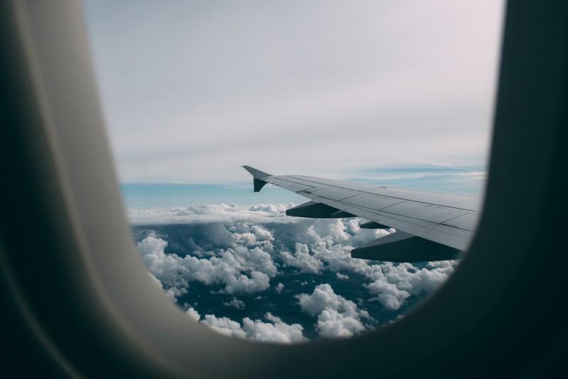 Как избежать заражения гриппом в самолете