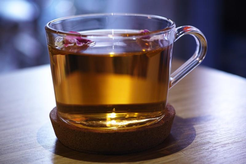 Топ-5 лучших травяных чаев, которые помогают успокоить разум, восстановить энергию и сон