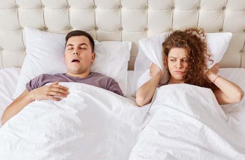 Эксперты: некоторым парам нужно спать отдельно