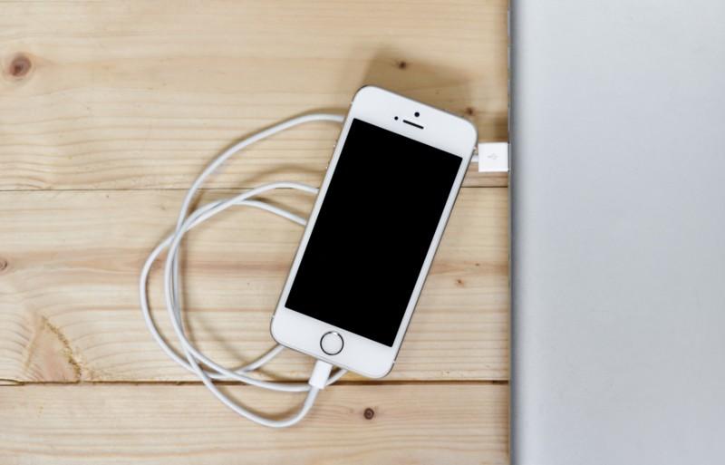 Несколько вариантов, чтобы зарядить iPhone быстрее