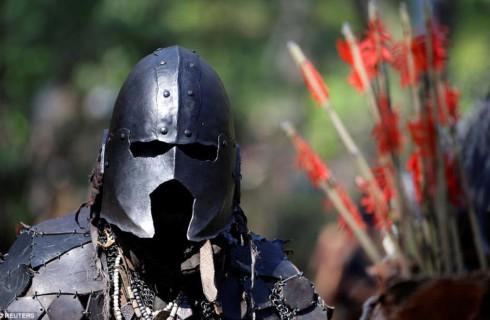 Эльфы и орки устроили битву в Чехии