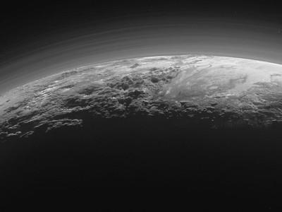Рассвет на Плутоне