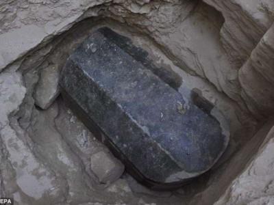 Таинственный египетский саркофаг