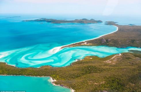 Топ-21 пляжей мира с лучшим песком и невероятными видами