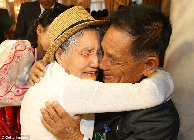Корейцы из двух стран наконец-то воссоединились