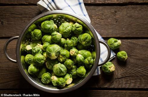 Вы точно неправильно готовите брюссельскую капусту: советы поваров