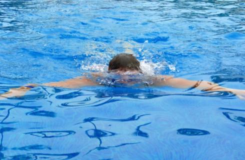 Плавание и ходьба влияют на давление как таблетки