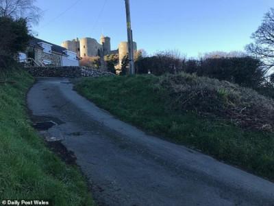 Улица Ffordd Pen Llech в Уэльсе