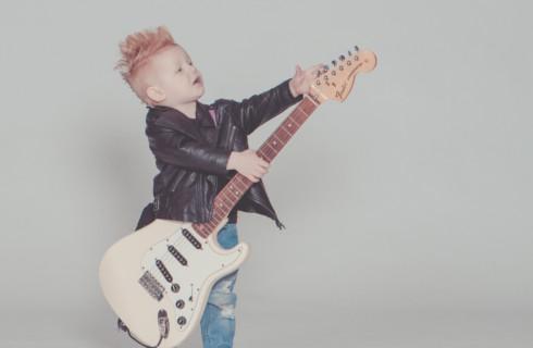 Когда разрешить ребенку бросить музыкальный инструмент