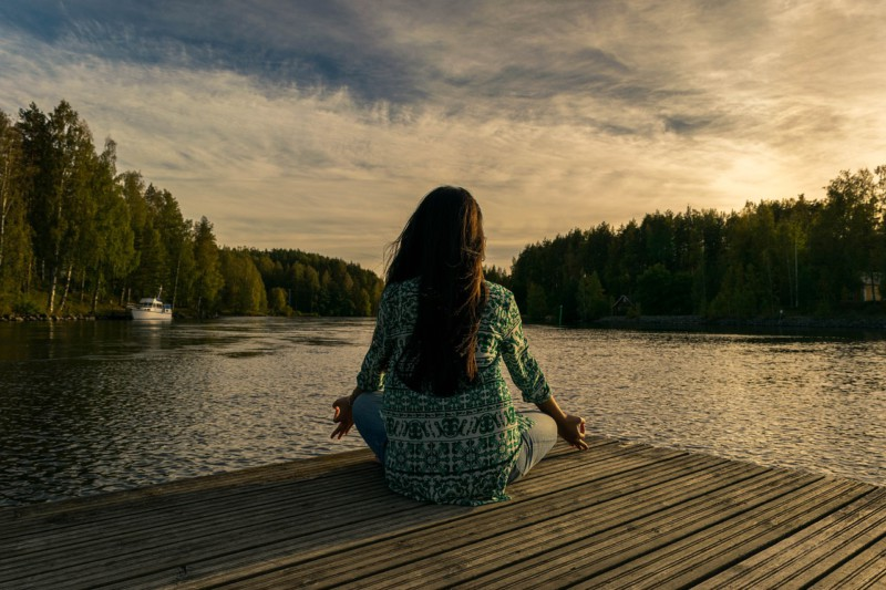 Медитация поможет облегчить симптомы менопаузы